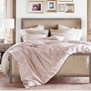 Pottery Barn Duvet Cover, King/Cal King, Soft Rose